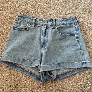 Light wash Pacsun shorts size 25